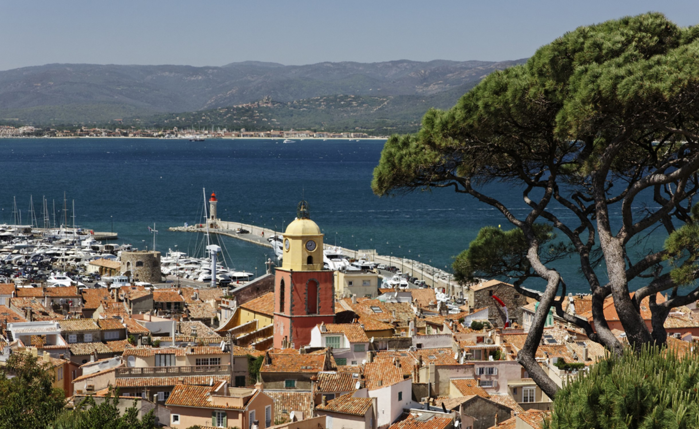 Quelle voiture choisir pour un transfert de Saint-Tropez vers l'Aéroport de Nice ?